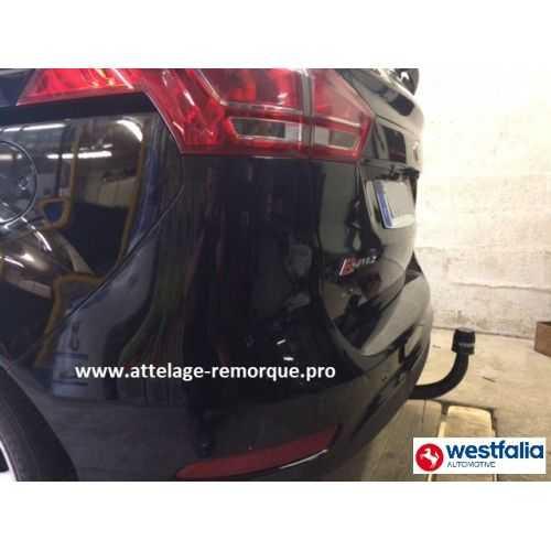 ATTELAGE B-MAX COL DE CYGNE à partir de SEPT 2012