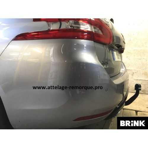 ATTELAGE PEUGEOT 308 SW II GT LINE COL DE CYGNE BRINK